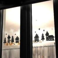 Romantische Fensterdeko im Winter