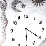 Uhrenbasteln mit Prägefolie