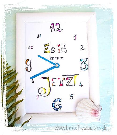 lettering-clock