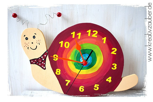 Schnecke Uhr basteln Kinderzimmer Uhr
