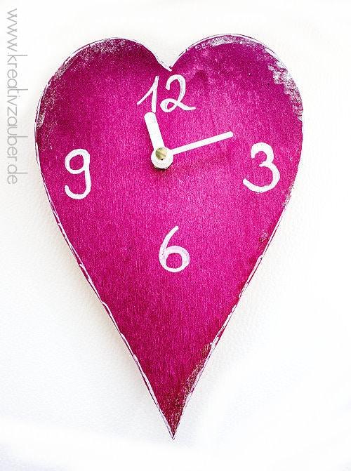 Herz Uhr basteln zu Muttertag